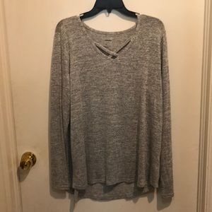 Long sleeve shirt with cross neck